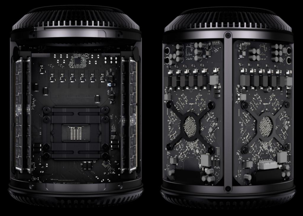 L'intérieur du nouveau Mac Pro : à gauche, la carte mère, à droite les deux cartes graphiques, en bas à droite le connecteur SSD
