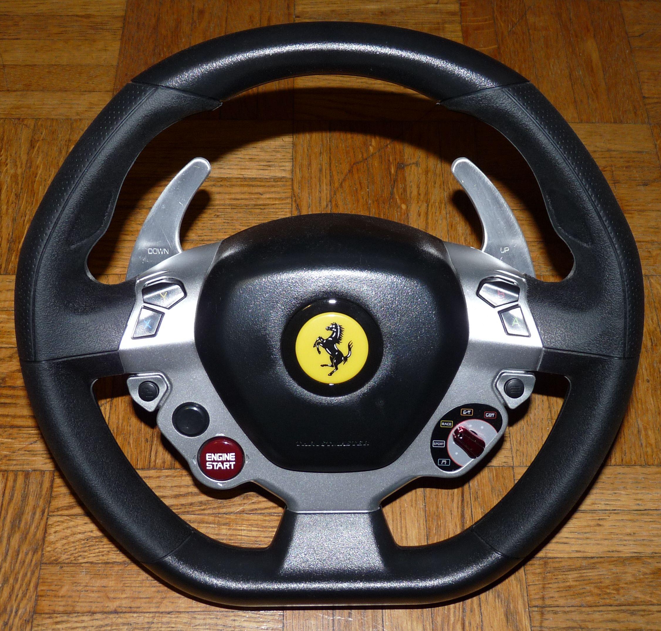 Volant Ferrari 458 du Thrustmater TX