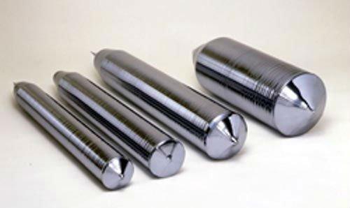Des lingots de silicium de différentes tailles et diamètres