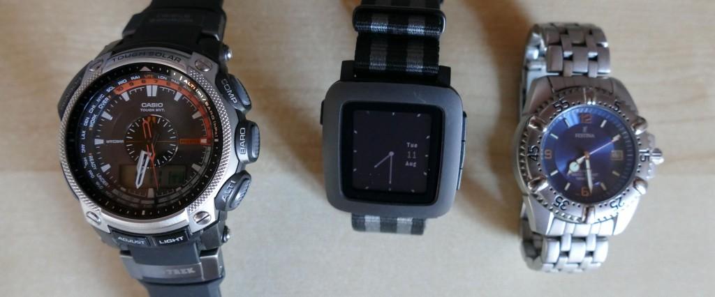 Pebble Time : la taille par rapport à des montres traditionnelles
